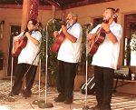 La Familia Vigil - Cipriano Vigil Performs with his Children