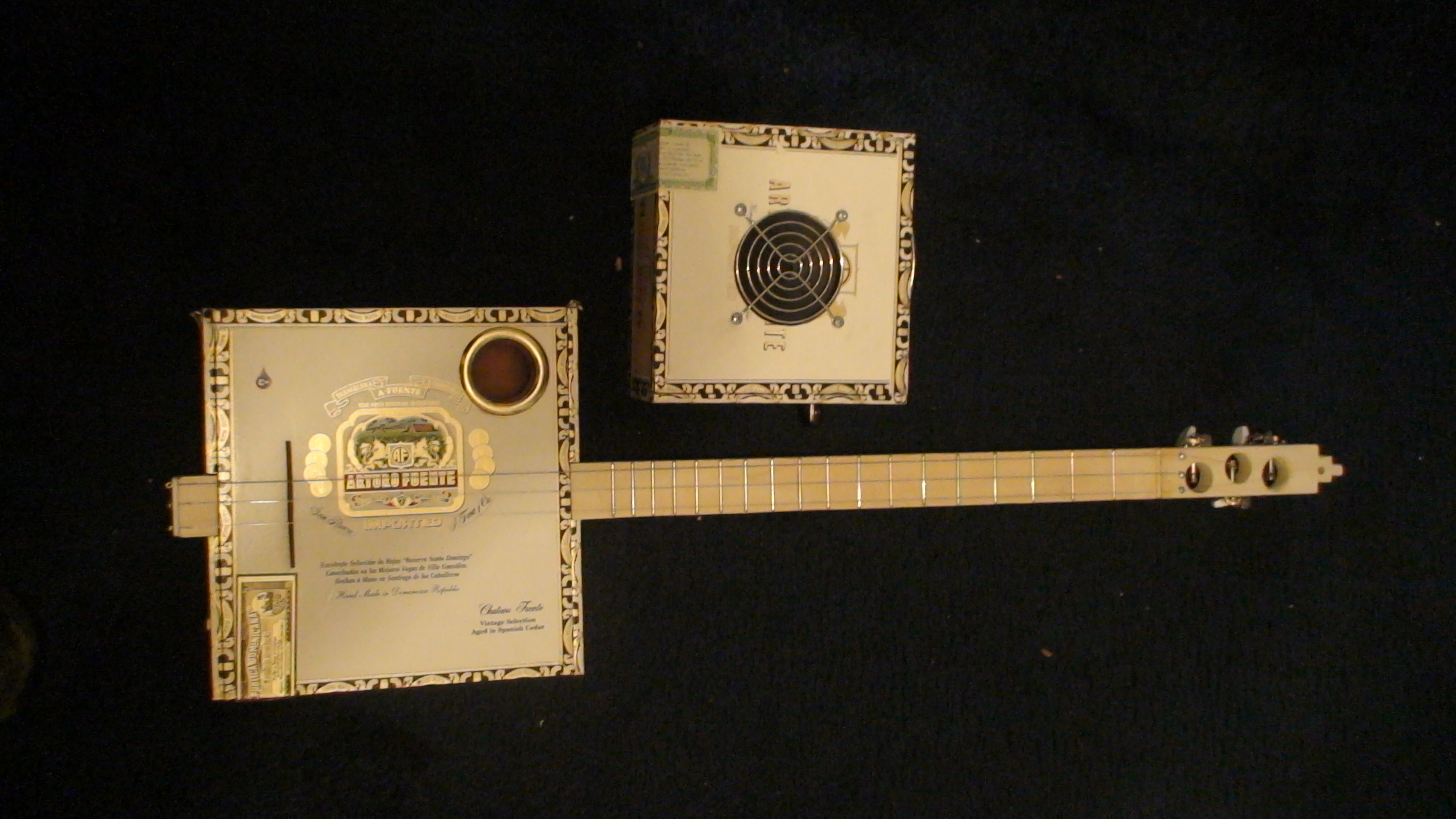 Arturo Fuentes Cigar Box Guitar