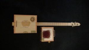 El Rey Cigar Box Guitar by Cipriano Vigil